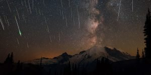 The Brightest And Biggest Meteor Shower In History Is Coming Up; Here's How You Can See it!